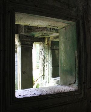 Window on Ta Prohm