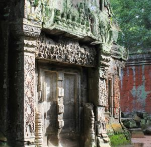 8 Maidens of Ta Prohm